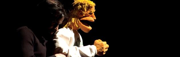 El titiritero de Banfield: humor y poesía